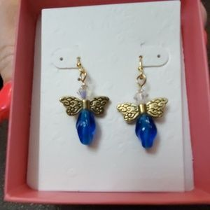 NWOT butterfly earrings